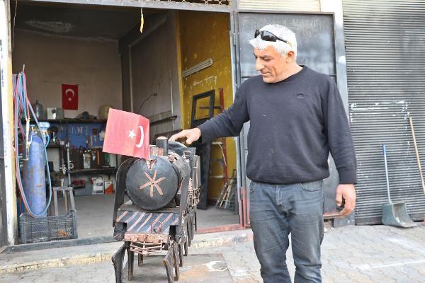 20 yıldır Mardin'e gelmiyor! Maketini yaptı gören fotoğrafını çekti: Gözleri doldu