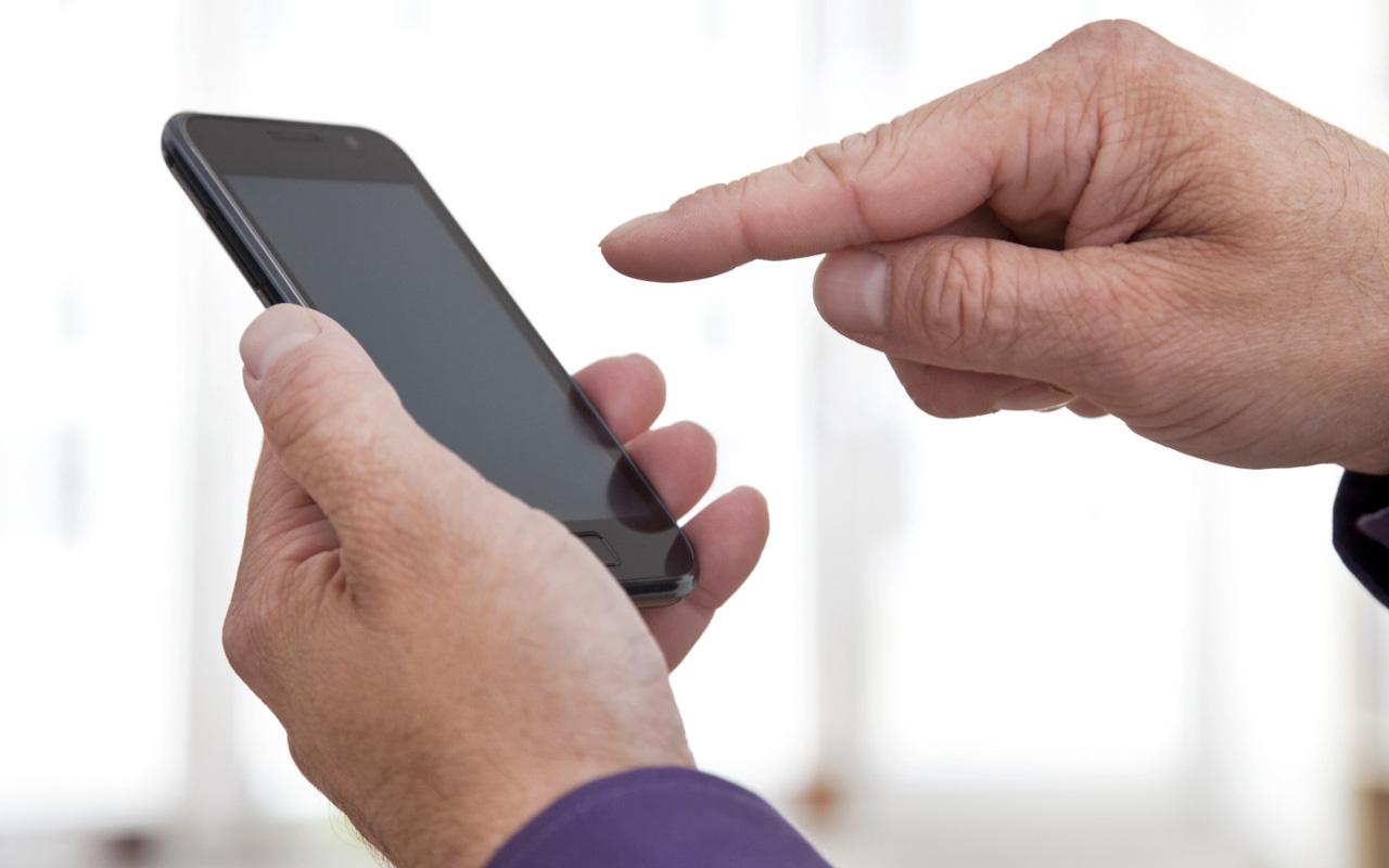 Samsun'da cep telefonuna program indirdi, 234 bin lirayı dolandırıcıya kaptırdı