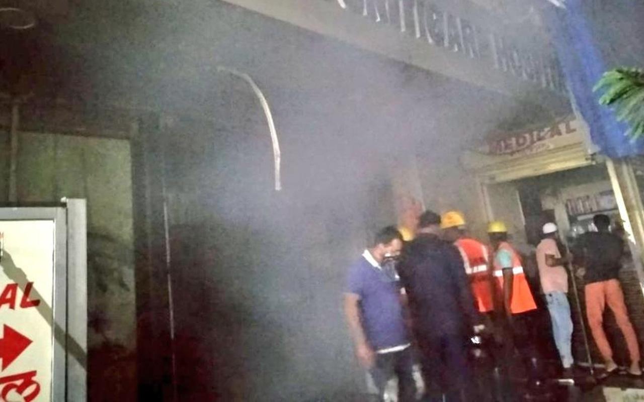 Hindistan'da özel hastane alev alev yandı: Ölüler var