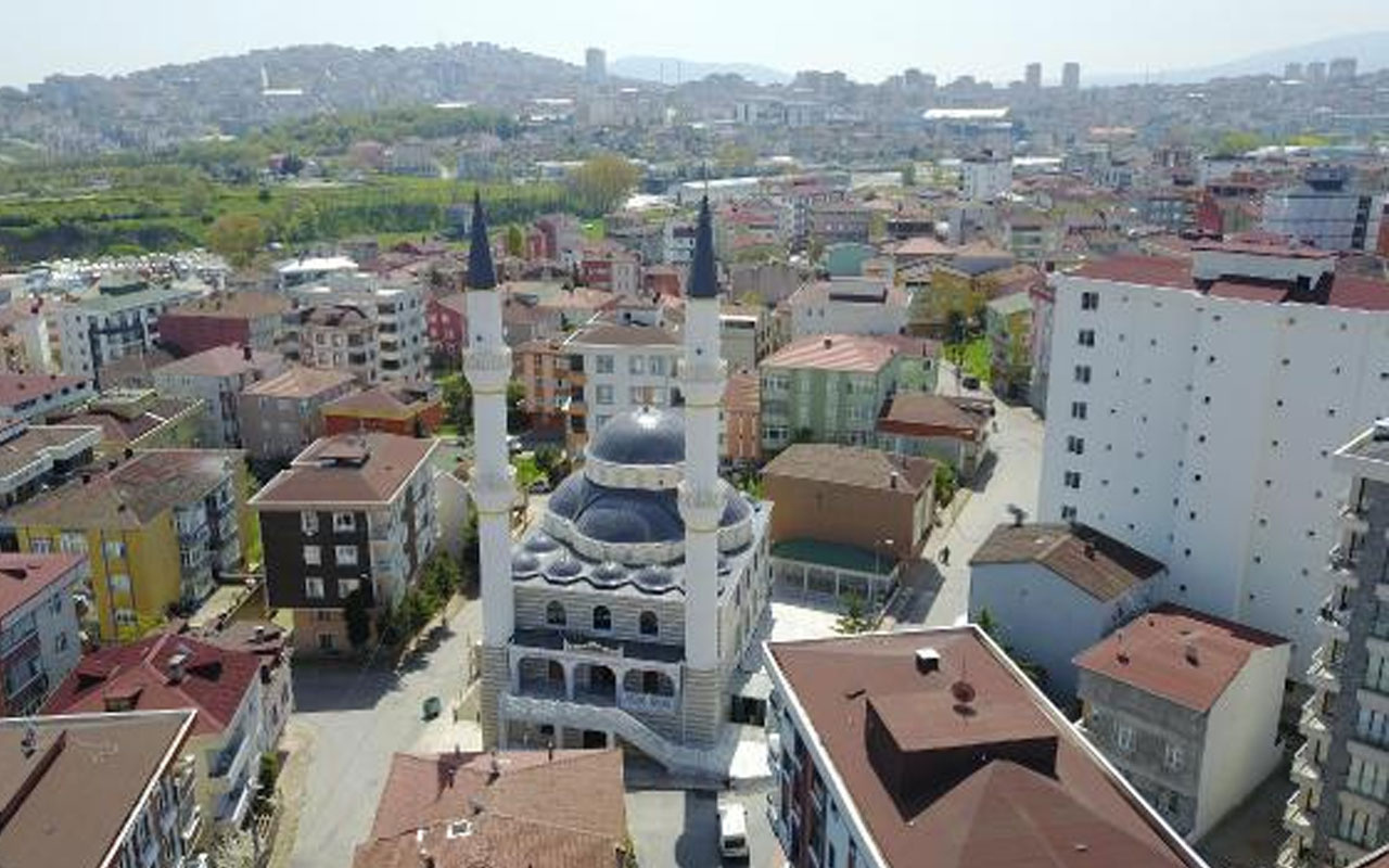 Çekmeköy'de erken ezan iddiası! Mahalleli ayağa kalktı