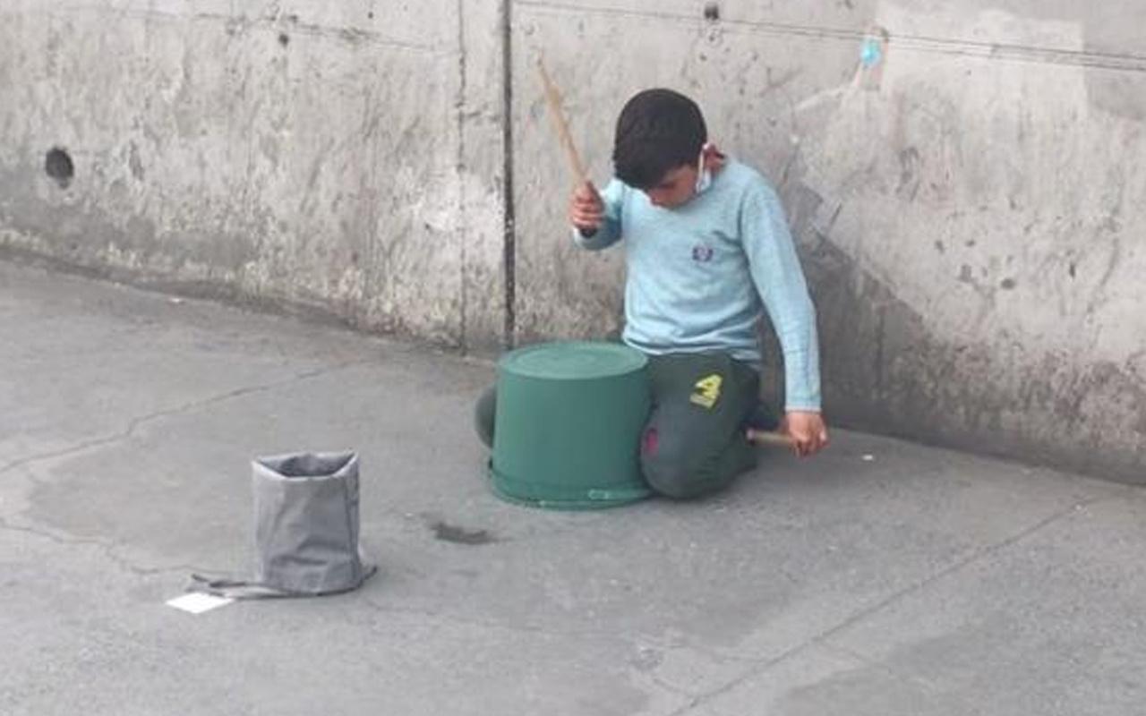 İstanbul'da küçük çocuk kovayla adeta şov yaptı! İzleyenler şaşkına döndü