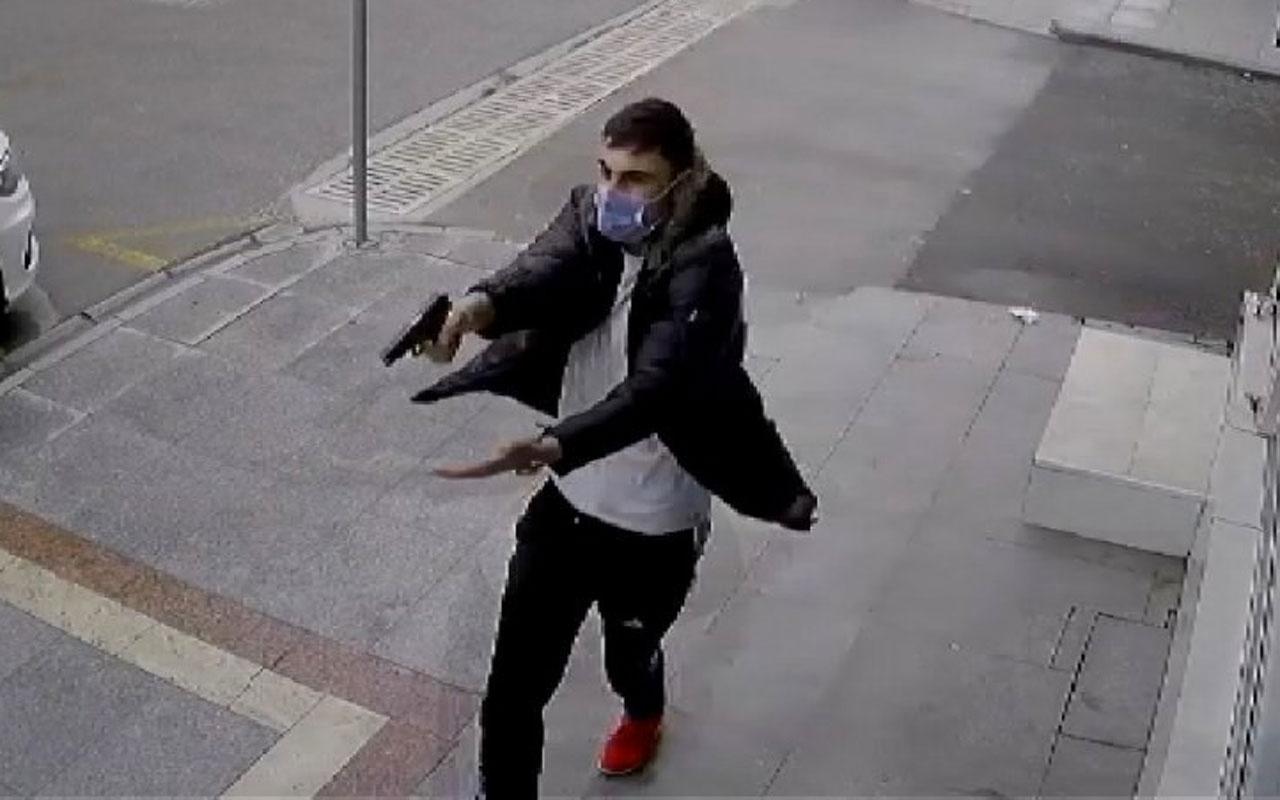 Kocaeli Körfez'de 16 yaşındaki genç sokak ortasında iki kişiyi böyle vurdu anlar kamerada