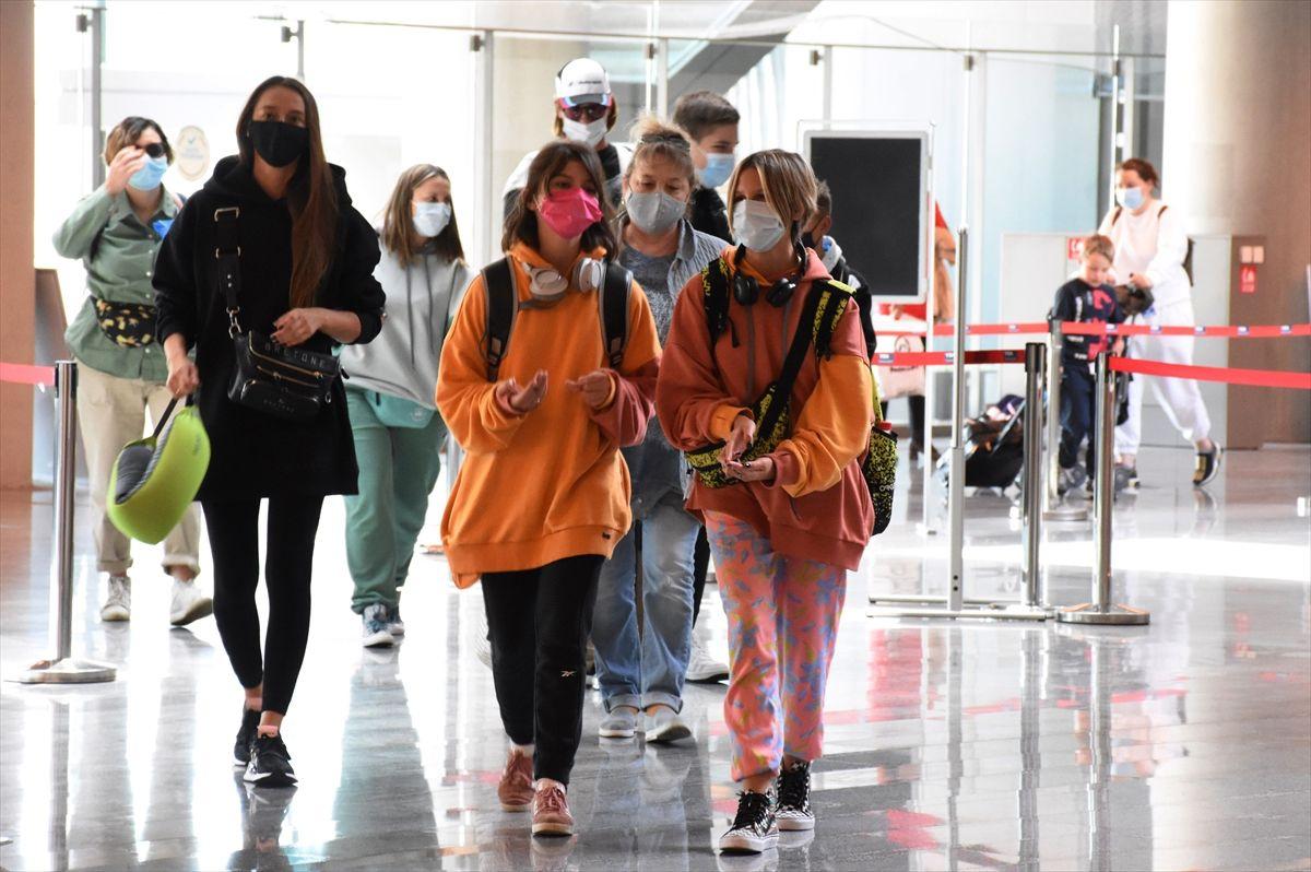 Ukraynalı turistler yeniden Türkiye'de! 'Burada kendimizi güvende hissediyoruz'
