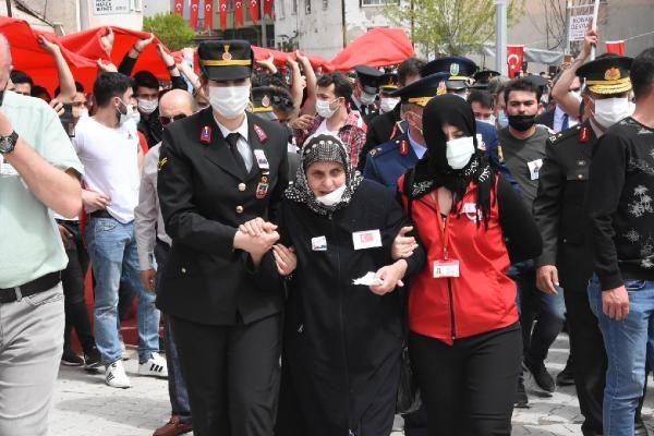 Kütahya'da gözyaşları sel oldu! Yüzlerce kişi Şehit Uzman Çavuş Asan'ı son yolculuğa uğurladı