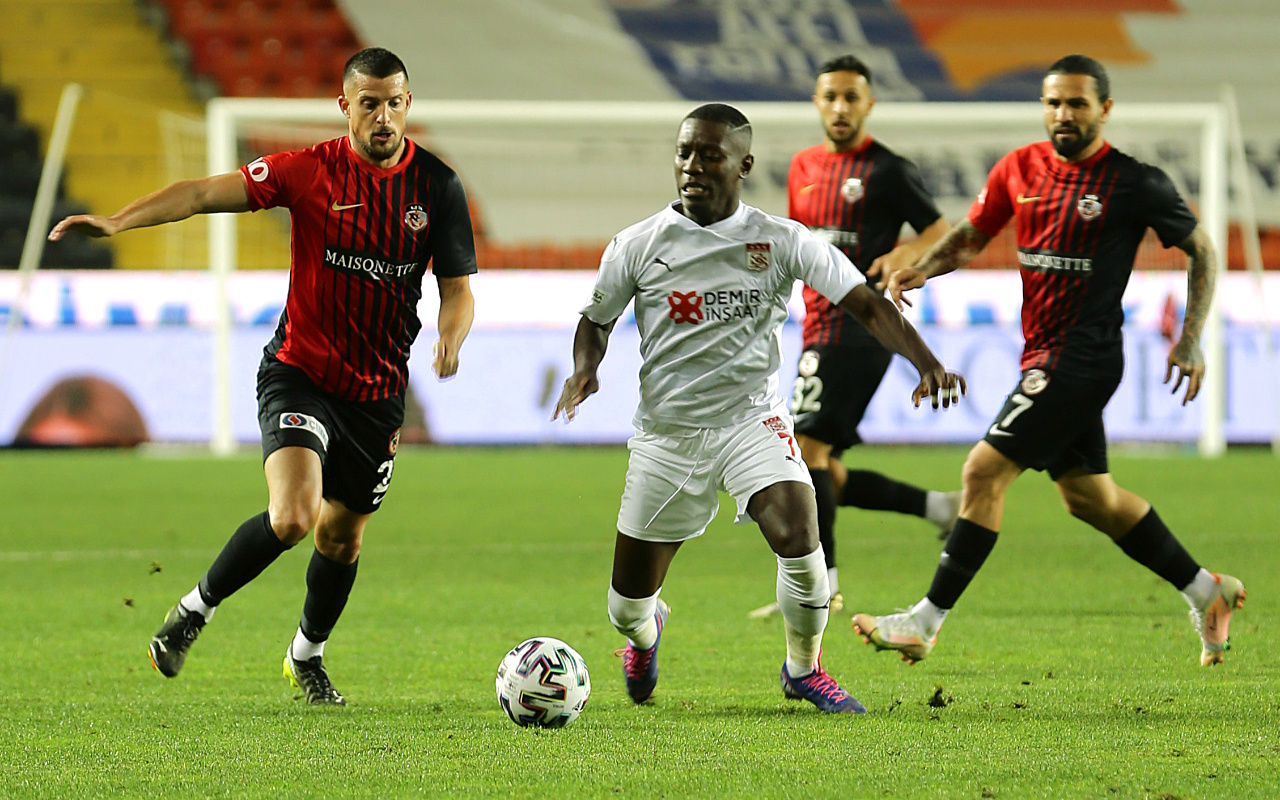 Sivasspor'dan Gaziantep FK'ye tek kurşun