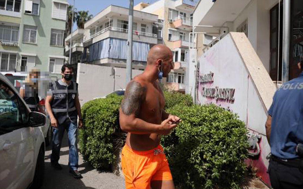 Antalya'da kadın polise ahlaksız teklif! İngiliz turist: Beğendim, bana göndersene