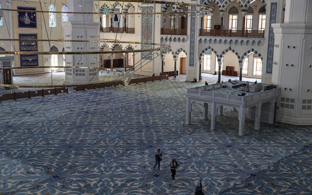 Büyük Çamlıca Camisi 2 yılda ağırladığı ziyaretçi sayısıyla dikkat çekti