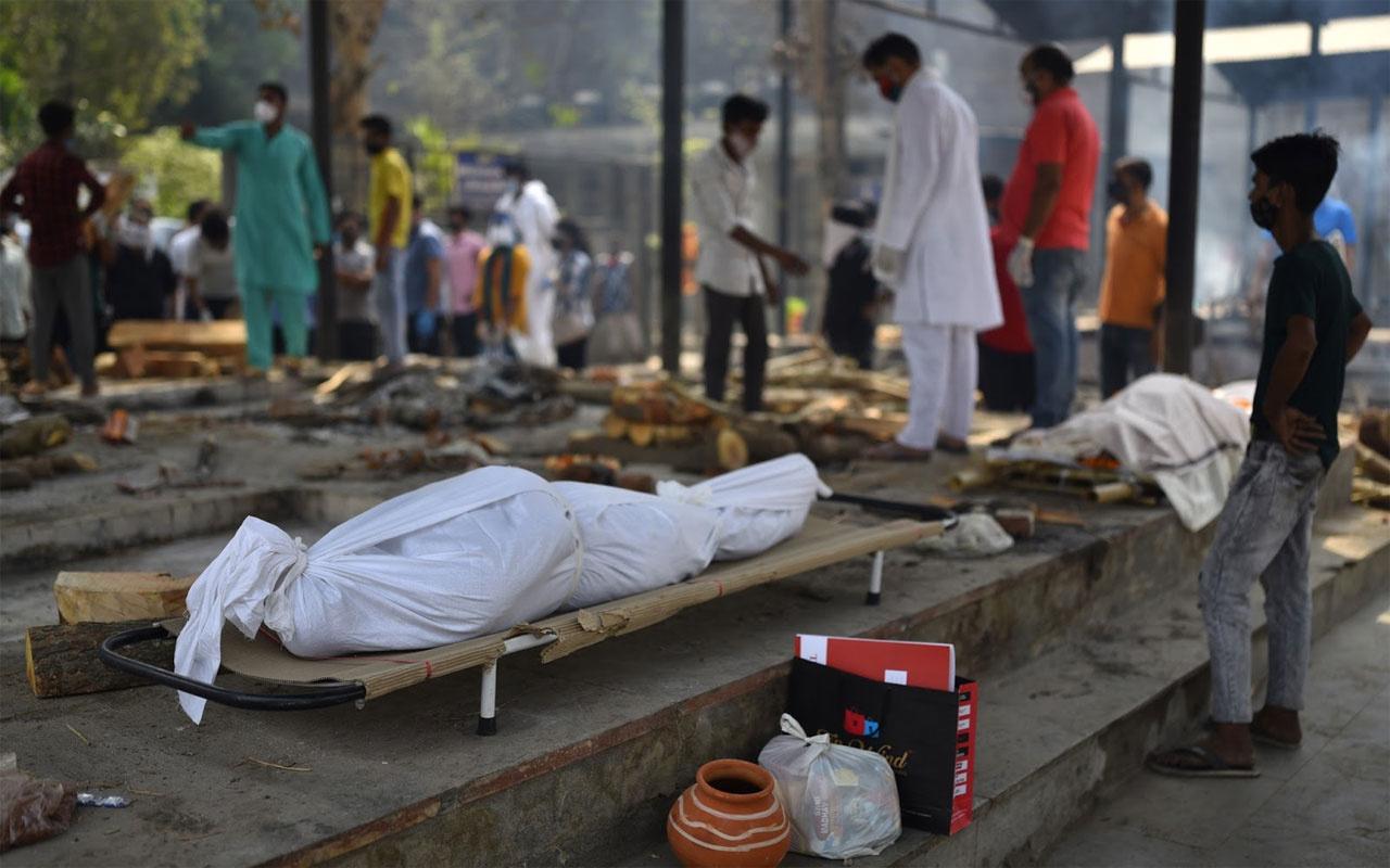 Hindistan koronavirüs kıyameti yaşıyor
