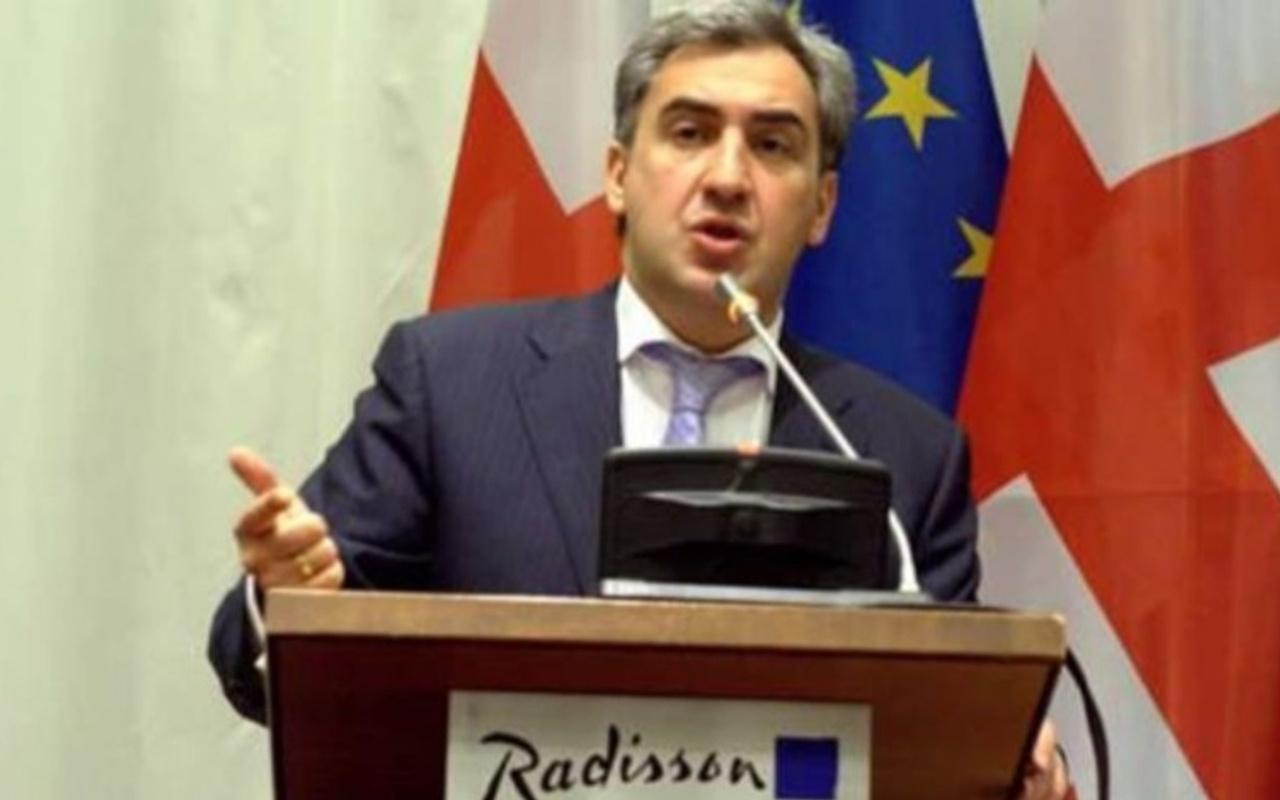 Gürcistan eski Başbakanı Nikoloz Gilaur İstanbul seyahatinde dolandırıldı
