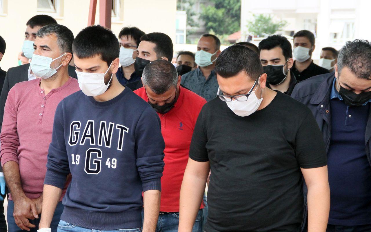 'Bu işin şakası yok' demişti Covid-19'dan ölen MATSO Başkanı Ahmet Boztaş toprağa verildi