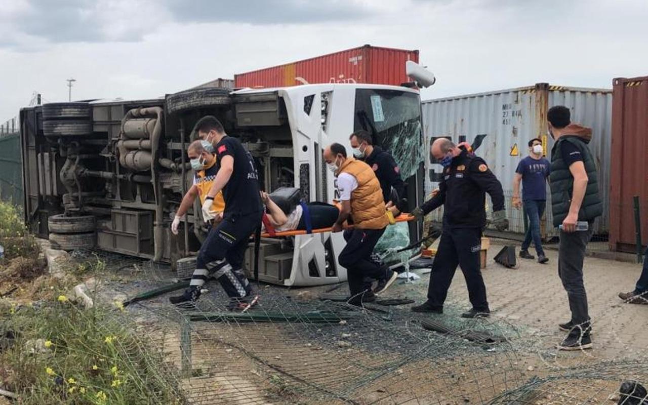 Bursa'da işçi servisi şarampole devrildi: Çok sayıda yaralı ve ölü var