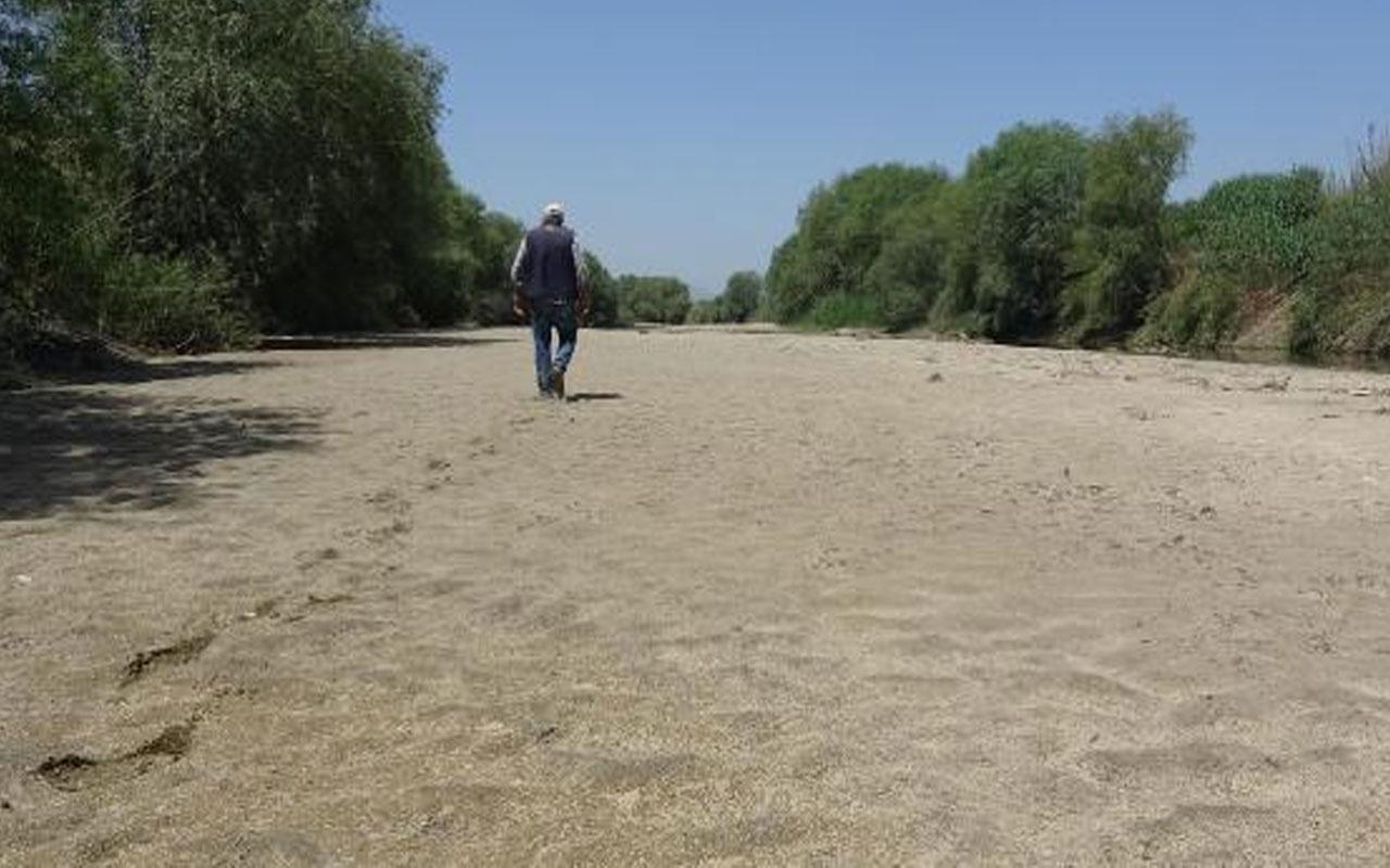 İlk kez böyle görüntülendi! Büyük Menderes Nehri kurudu