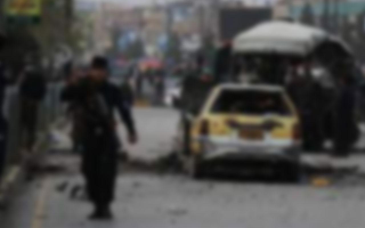 Kabil'de doktorları taşıyan araca bombalı saldırı! 1 kişi hayatını kaybetti