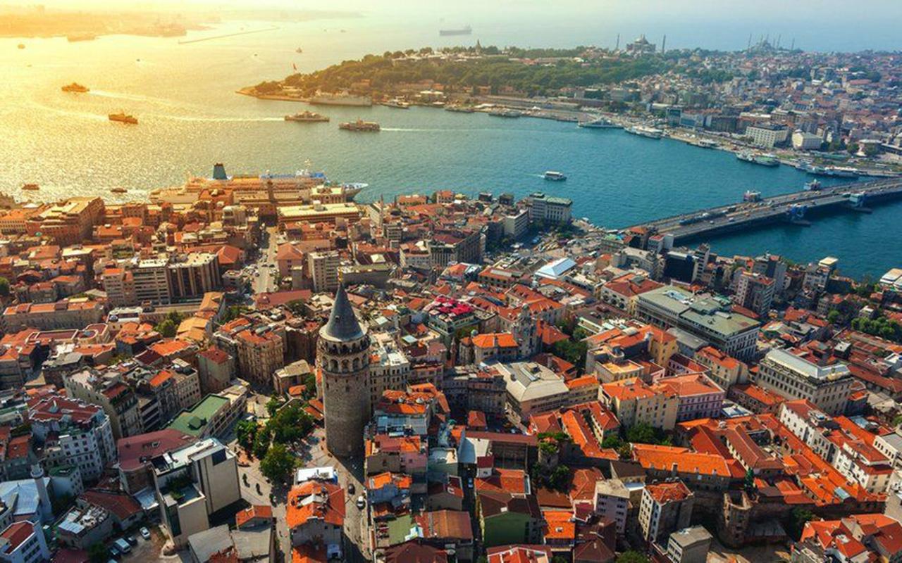 İngiliz turistlerden Türkiye'ye kirli ziyaret! Karantinadan kurtulmak için Türkiye'ye uğruyorlar
