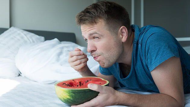 1 haftada 5 kilo vermek mümkün! Karpuz diyeti listesi