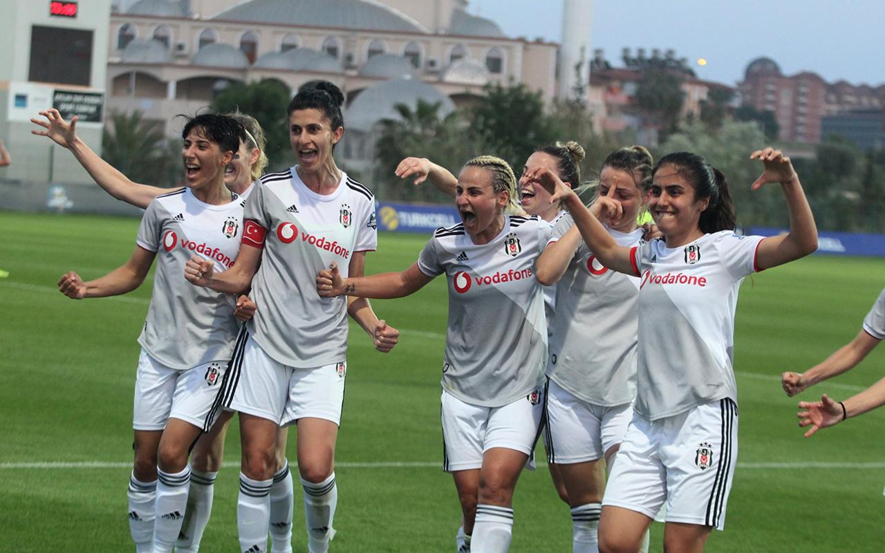 Kadınlar Futbol Ligi'nde şampiyon Beşiktaş!