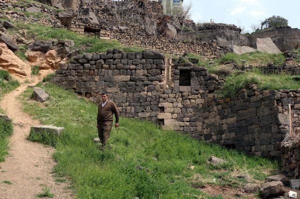 Kayseri'de olduğunu kimse bilmez! Ünlü yönetmen Elia Kazan'ın evinin haline bakın