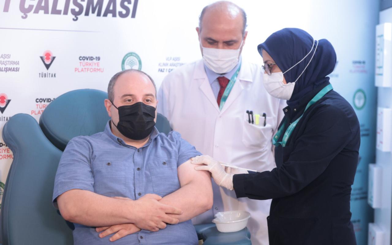 Sanayi ve Teknoloji Bakanı Mustafa Varank yerli aşının ikinci dozunu oldu