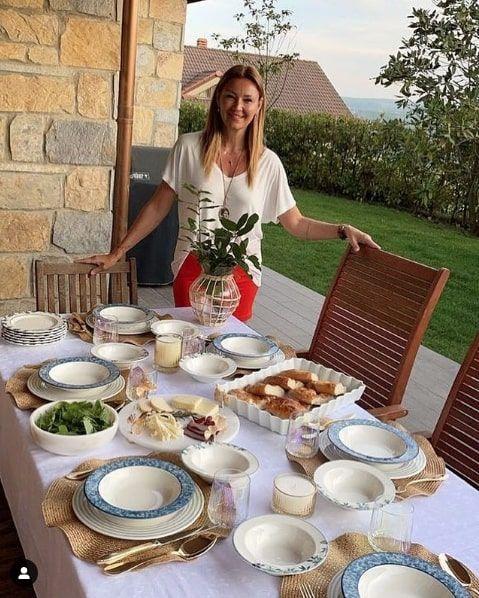 Pınar Altuğ ile takipçisi birbirine girdi! Paylaştığı fotoğrafı görünce tepki gösterdi