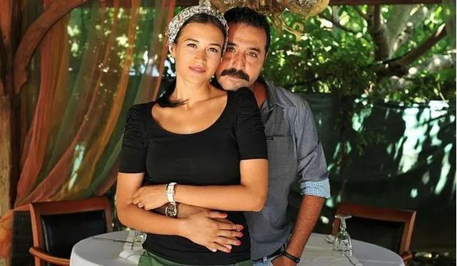Mustafa Üstündağ'dan Gönül Dağı'nın oyuncusu eski eşi Ecem Özkaya için tehditler küfürler...