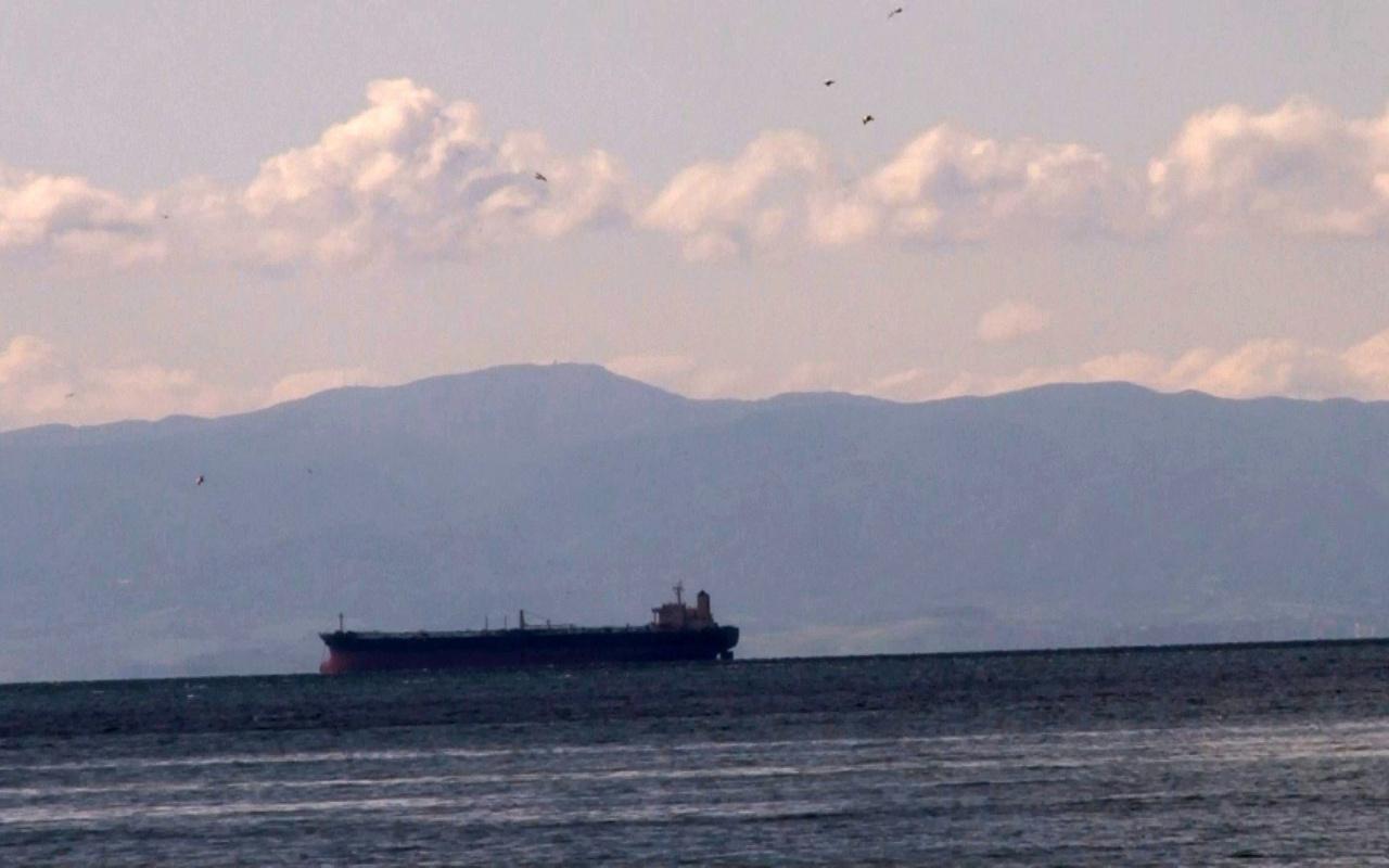 Tam kapanmada havalar temizlendi, İstanbul'dan Uludağ'ın zirvesi görüldü