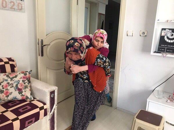 Dünyanın en fedakar annesi! Amasya'da çocuklarına gözü gibi bakıyor tek bir isteği var