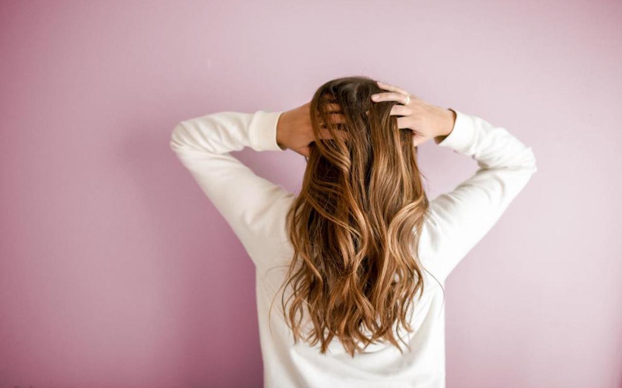 Saç maskesi ne işe yarar? Saç maskelerinin bu zararına dikkat!