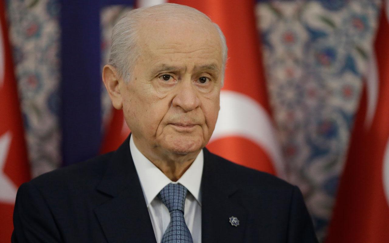 MHP Genel Başkanı Devlet Bahçeli'den 100 maddelik anayasa açıklaması