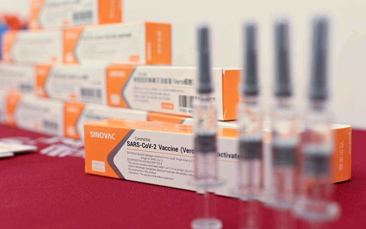 Çin'den Türkiye'ye bugüne dek gelen aşı sayısı belli oldu