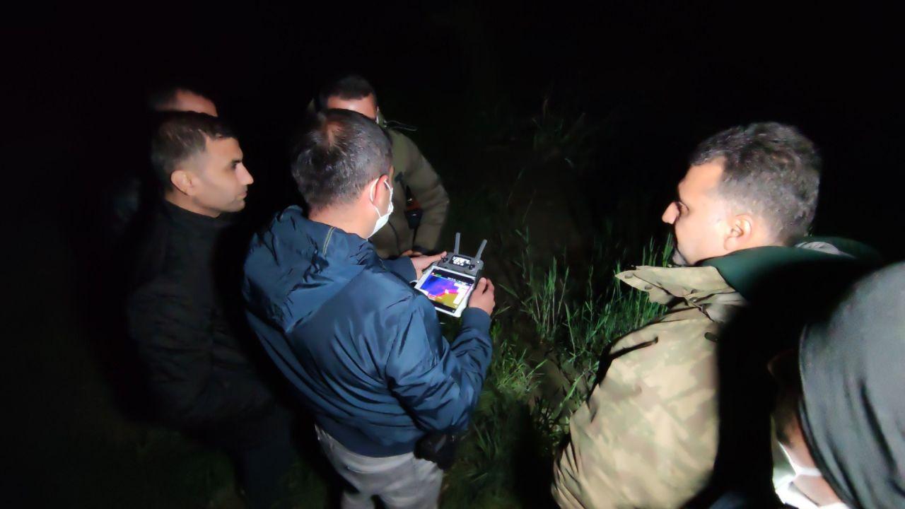 Jandarmadan kaçak balık avcılarına 'Termal dronelu' takip! Nefes aldırmıyorlar