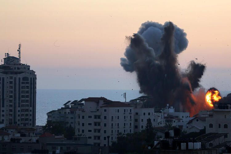 40 dakikada 160 savaş uçağıyla 80 ton bomba attılar! İsrail bebek katletmeye devam ediyor!