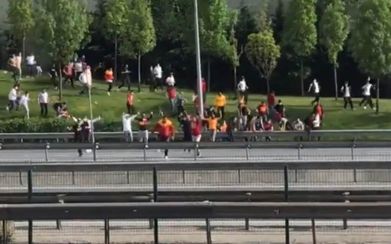 Galatasaray taraftarı stada gidiyor! Otoyoldan geçmek istediler polis müdahale etti