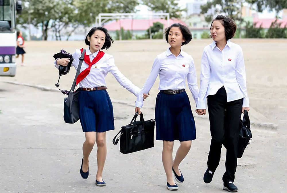 Kuzey Kore'de Kim Joung-un'dan yeni yasaklar! Modaya savaş açtı işte yasaklanan ürünler