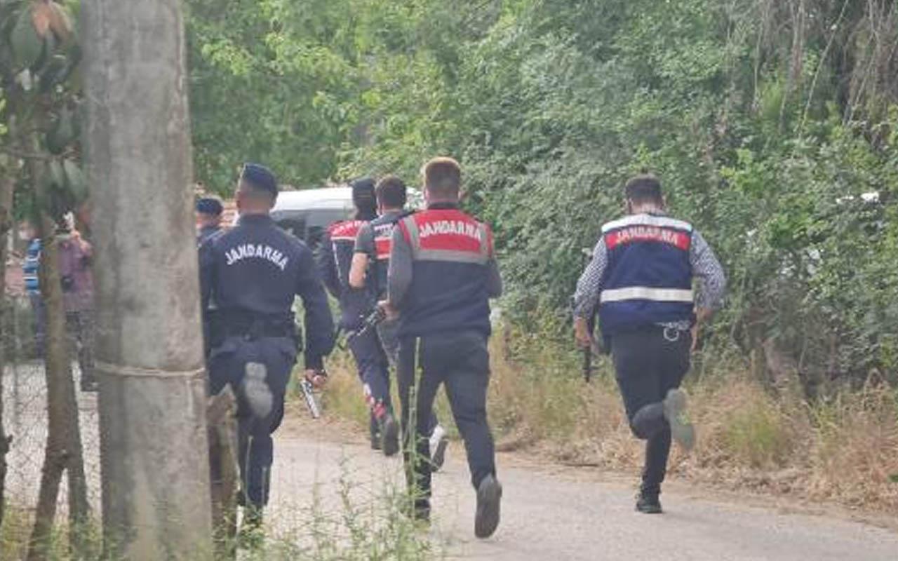 Kocaeli'de evlat dehşeti! Cinnet geçirip babasını öldürdü 3'ü jandarma 5 kişiyi vurdu