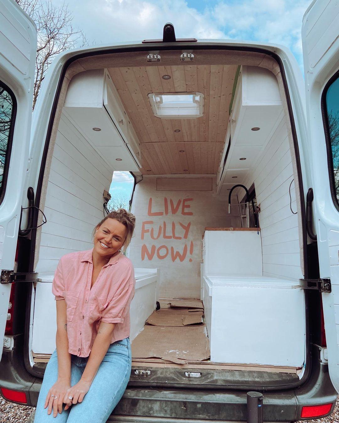 Covid-19 kapamasıyla işleri altüst olan kadının hayatı değişti! 48 bin TL kazandı