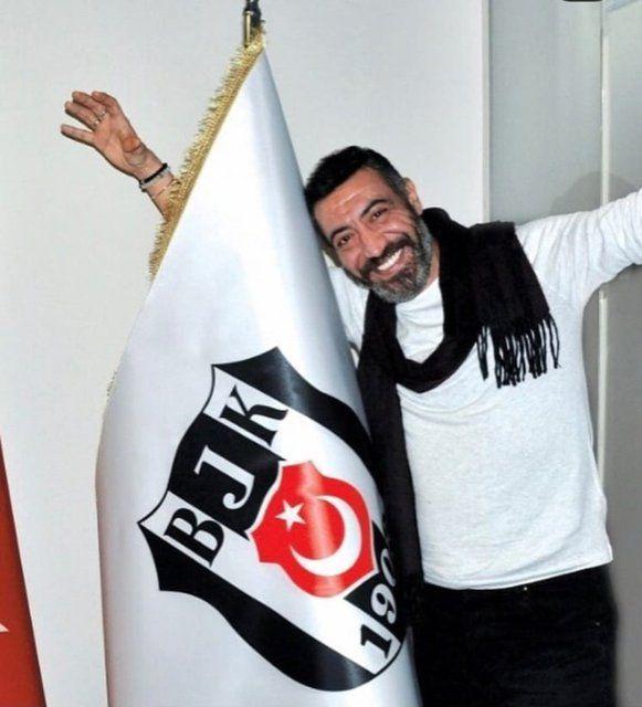 'Ağlıyorum' deyip paylaştı! Ünlü isim Fenerbahçe formasıyla Beşiktaş şampiyonluğu kutladı