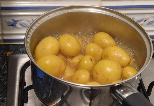 Patates suyu zayıflatır mı? 1 haftada 5 kilo verdiriyor!