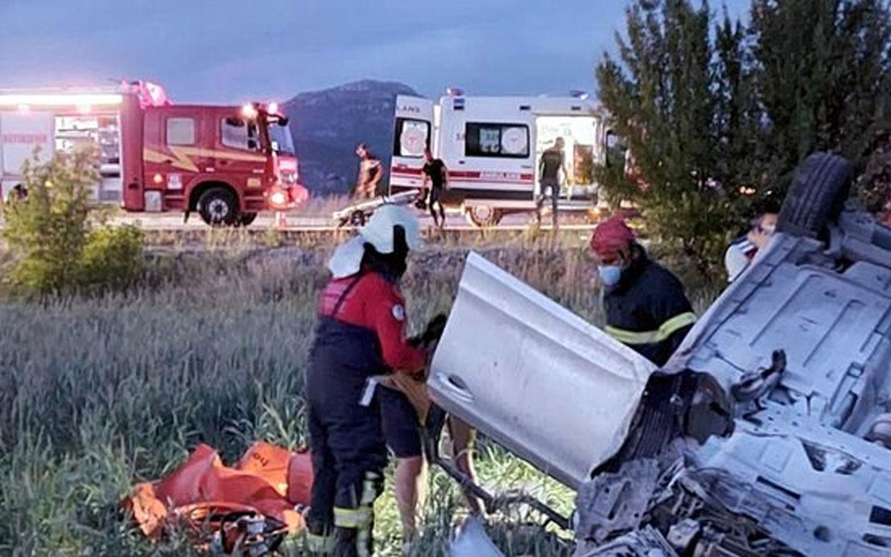 Denizli'de korkunç kaza: 2 Ukraynalı turist öldü
