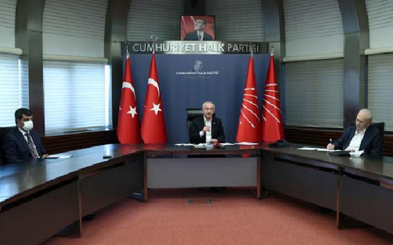 CHP Lideri Kemal Kılıçdaroğlu, emeklilerle bir araya geldi