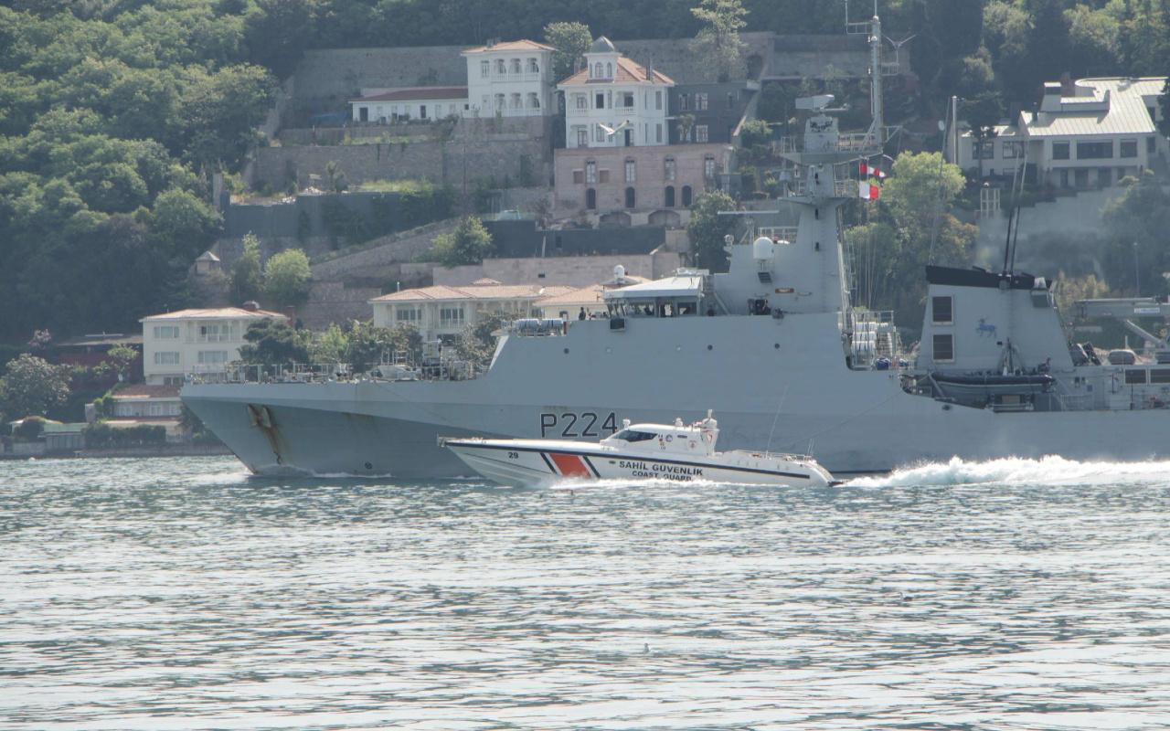Rus ve İngiliz savaş gemileri 1 saat arayla İstanbul Boğazı'ndan Karadeniz'e açıldı