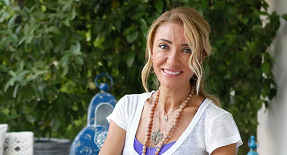 Dimes meyve suyundan çıktı! Turizm Bakanın eşi Pervin Ersoy ifşa etti