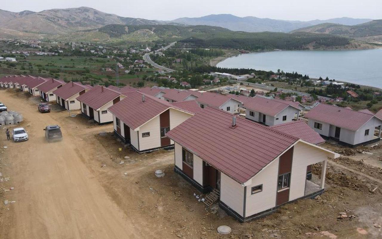 Elazığ'ın 300 köyünde çelik konutlar yükseliyor