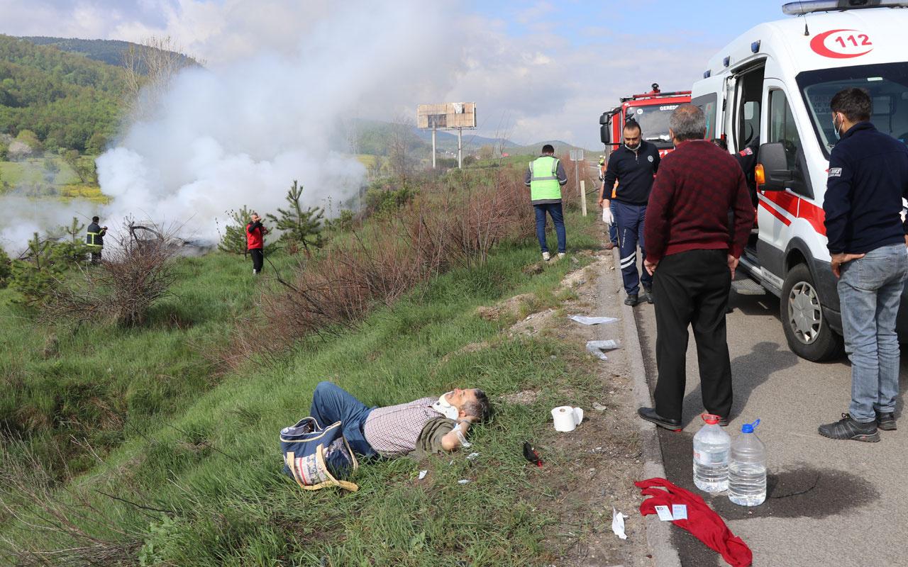 Bolu'da otomobilleri devrilen çift yanan araçtan son anda kurtarıldı