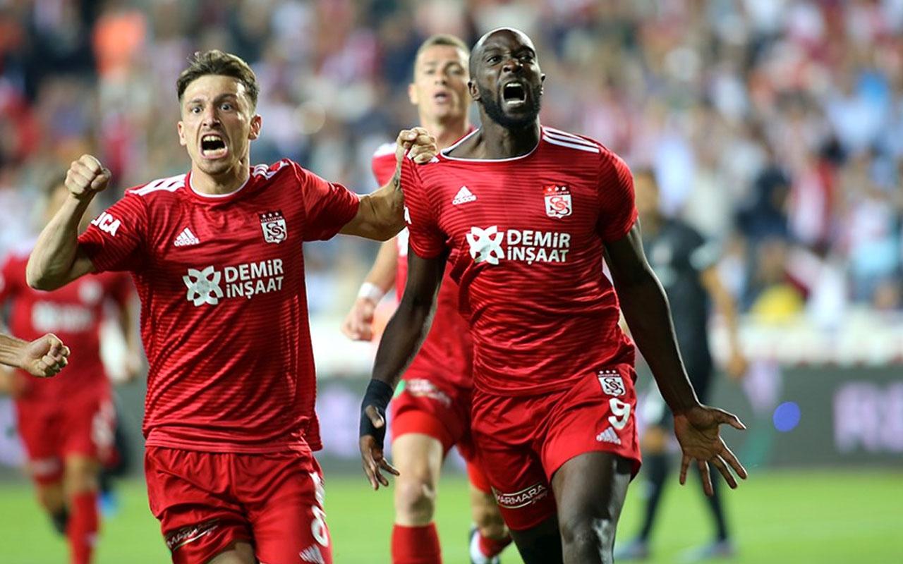 Sivas, 35'lik golcüsü Mustapha Yatabare ile uzattı