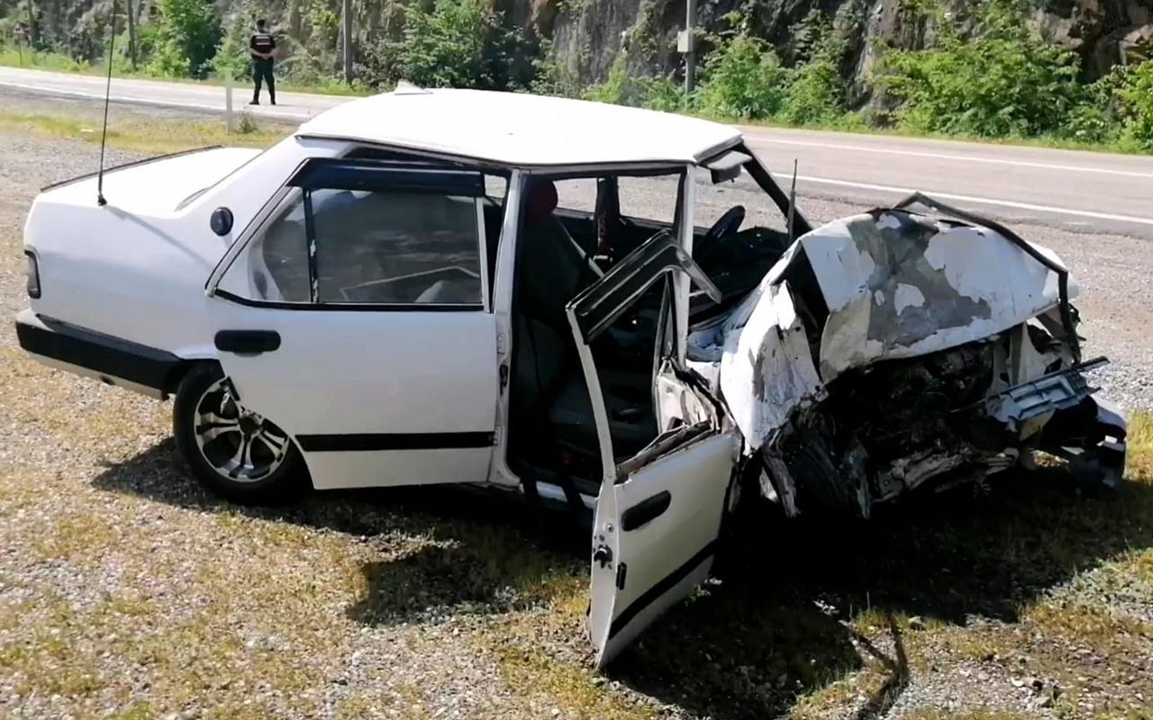 Karabük'te feci kaza! Tünelde araçlar çarpıştı: Ölü ve yaralılar var