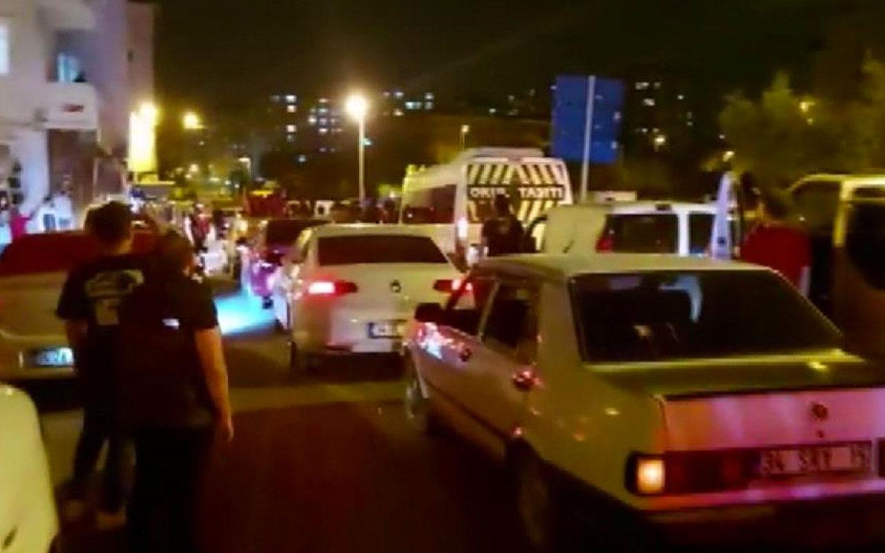 Ümraniye'de vatandaşlar Kudüs'e destek için konvoy yaptı