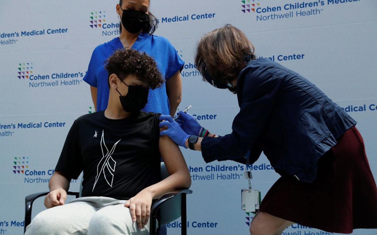 ABD'de 12-15 yaş arası 600 bin çocuk bir doz koronavirüs aşısı oldu