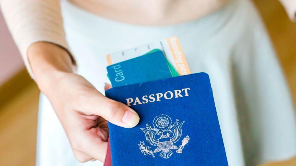 Tatil çantasında olması gerekenler! Bunları almadan seyahate çıkmayın