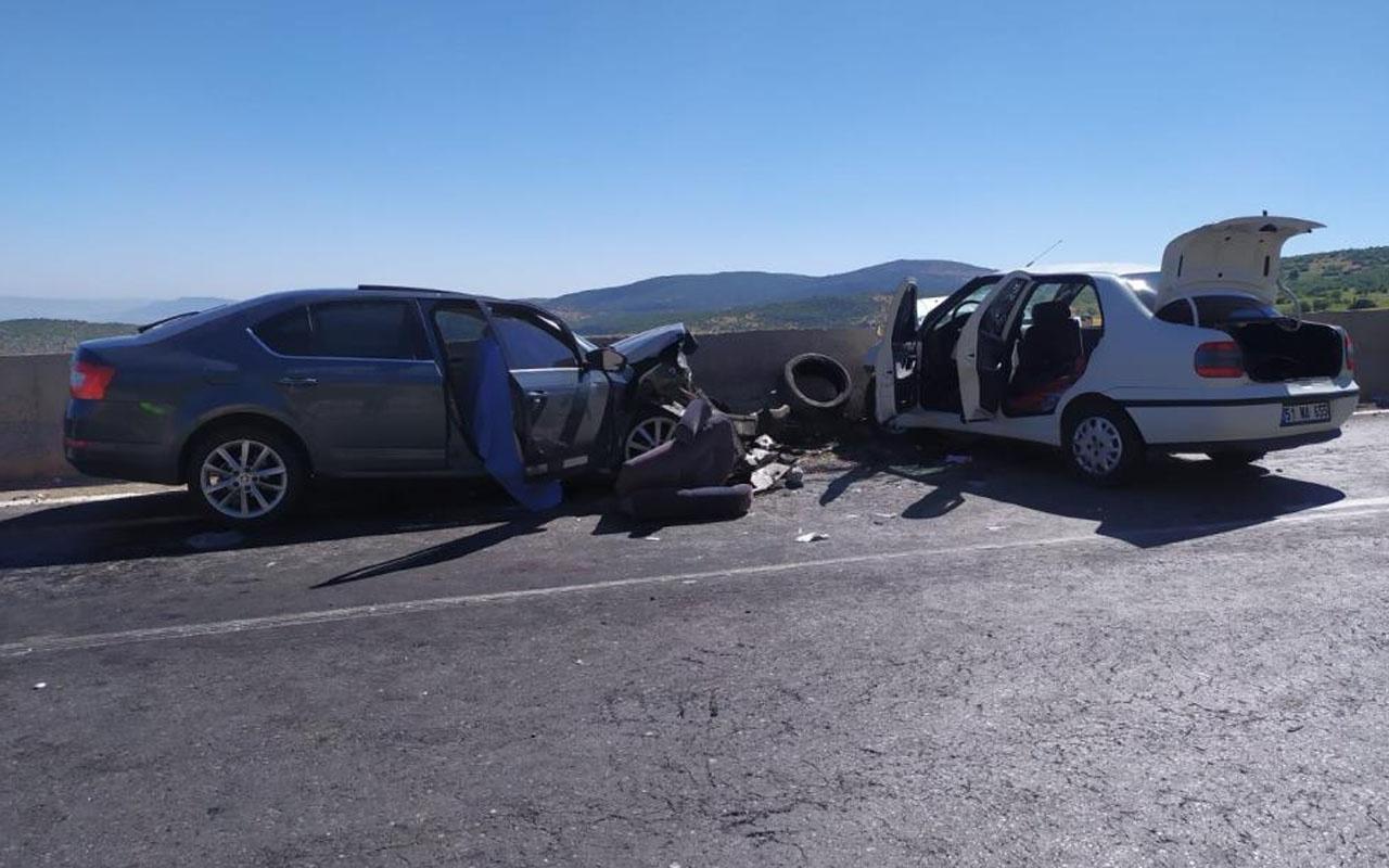 Gaziantep'te zincirleme kazada bilanço ağır: 2 kişi öldü, ikisi ağır 8 kişi yaralandı