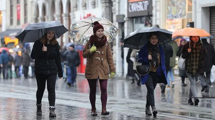 Meteoroloji saat verip uyardı! Türkiye sağanak yağış ve fırtınanın etkisine giriyor
